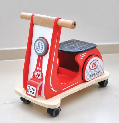 scoot mini red